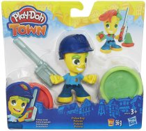 Hasbro Play-Doh Town Police Boy / Ice Cream Girl